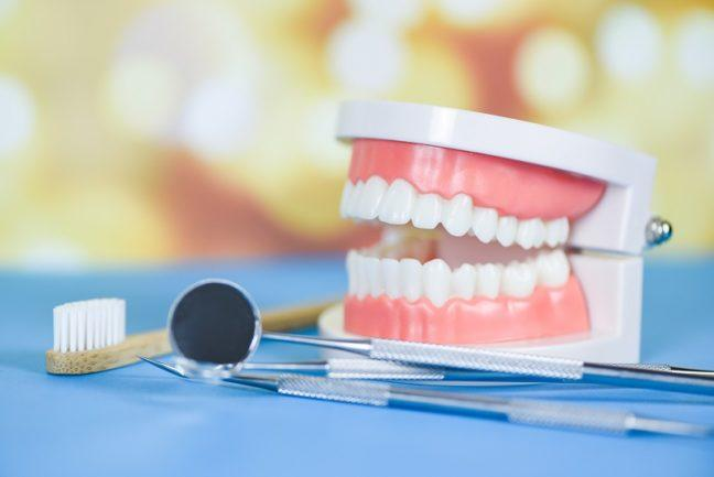 proteza zębowa