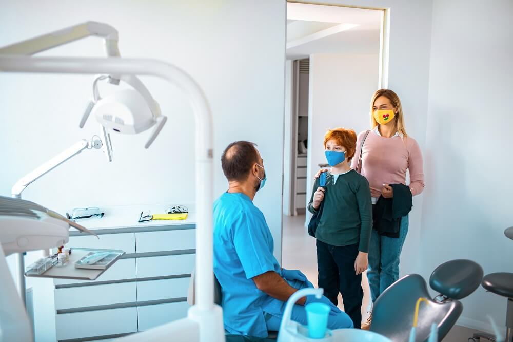 Wizyta u dentysty w dobie covid